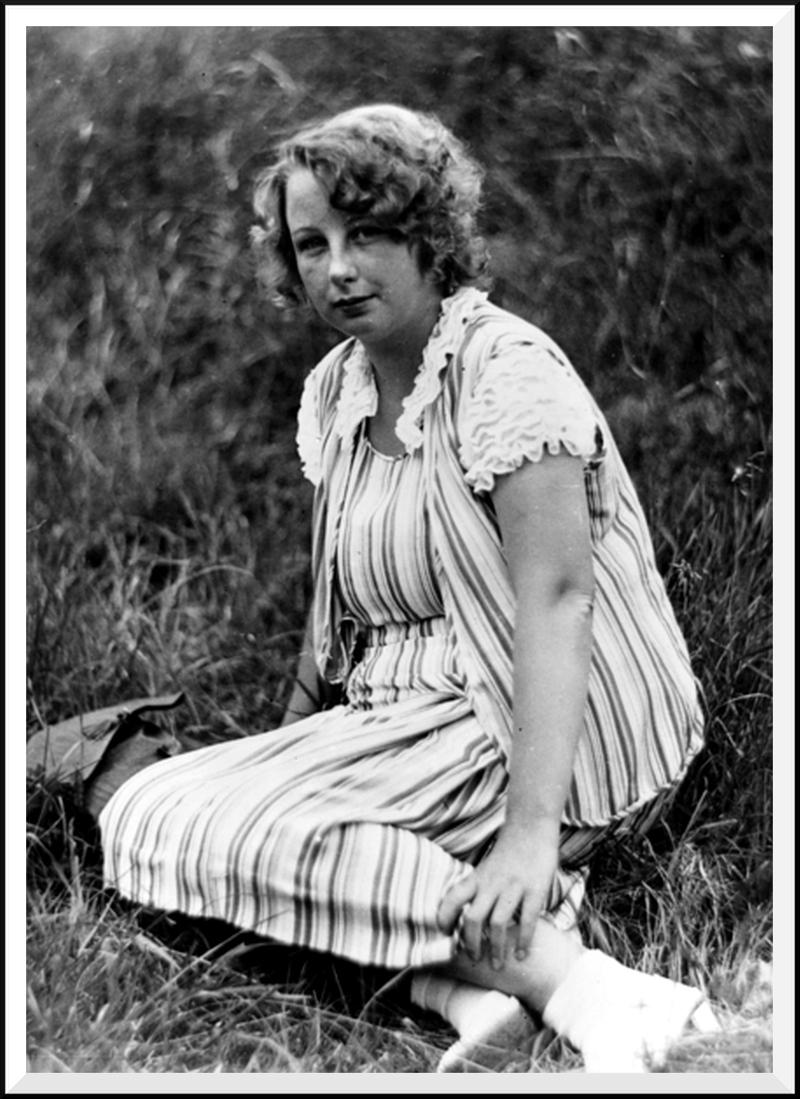 """Irmgard Keun, etwa 1930, im Alter von etwa 25, kurz vor Erscheinen ihres ersten Romans """"Gilgi""""(Foto: Peter Fischer/Köln)"""